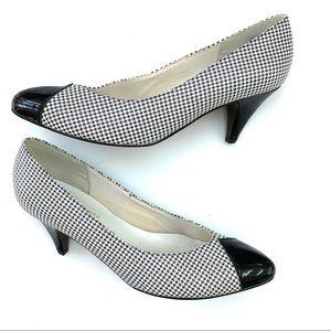Vintage Houndstooth Black and White Heels